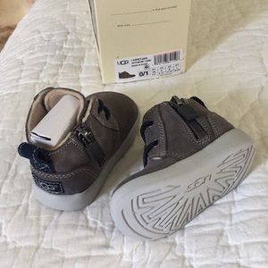 NWT UGG baby boots